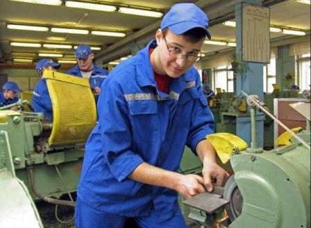 Вахтовики: прием на работу и особенности трудового договора